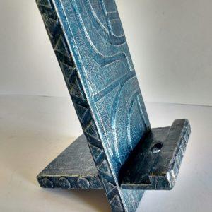 Soporte para móvil de madera reciclada de pale