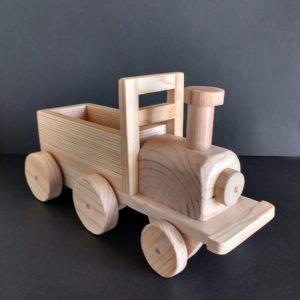 Tren de juguete de madera reciclada de palet