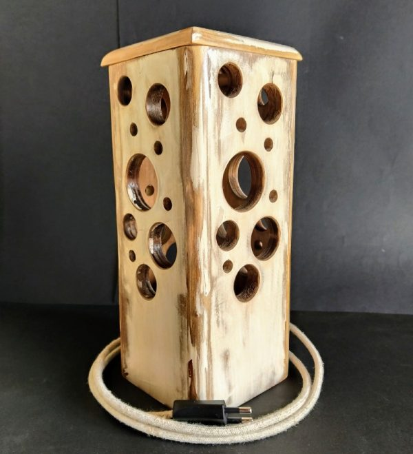 Lámpara agujeros vintage de madera reciclada de palet