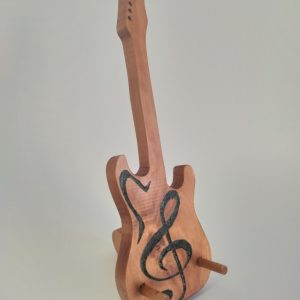 soporte guitarra de madera reciclada de palet