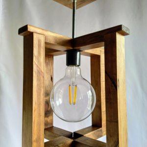 lampara de techo colgante de madera reciclada de palet